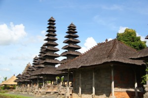 Mengwi_temple_bali