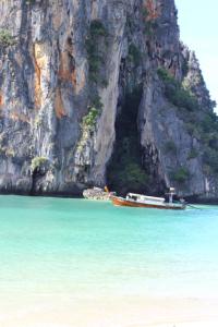 phranang_beach